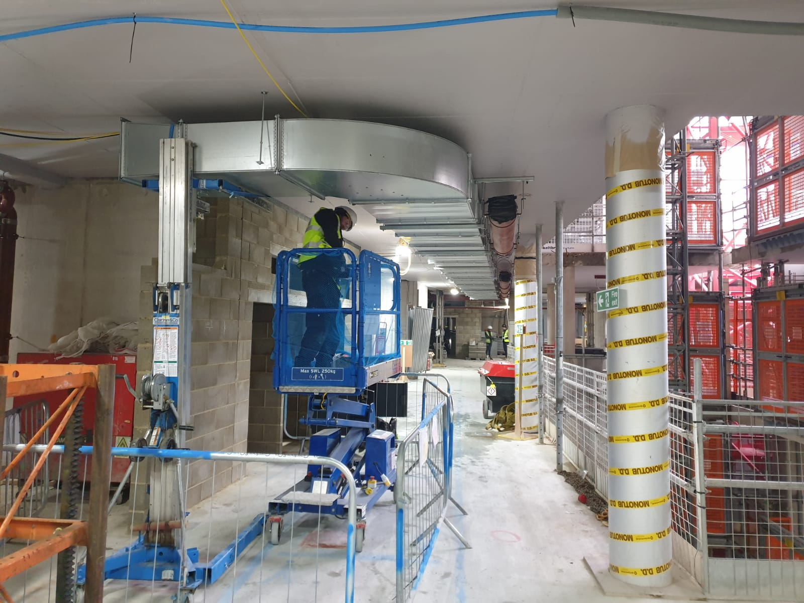 Installation of the Airside Shell & Core at 8 Bishopsgate
